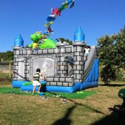 Castillo con dragón