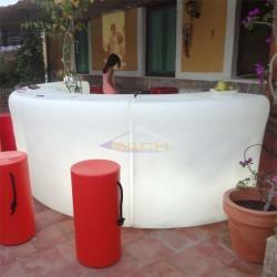 Barra de bar curva con luz, Ibiza